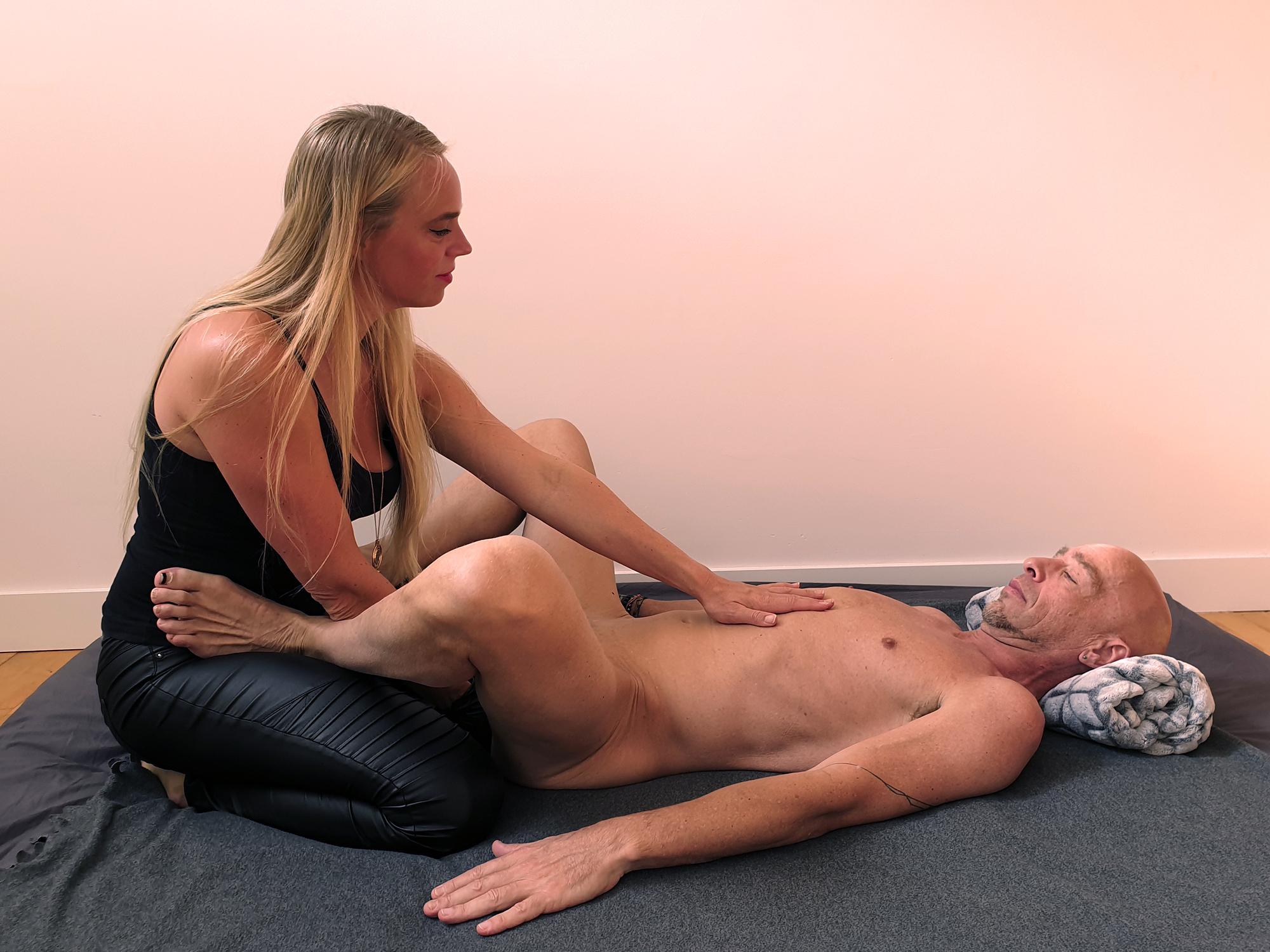 Hotlips having hands on Diesel's belly